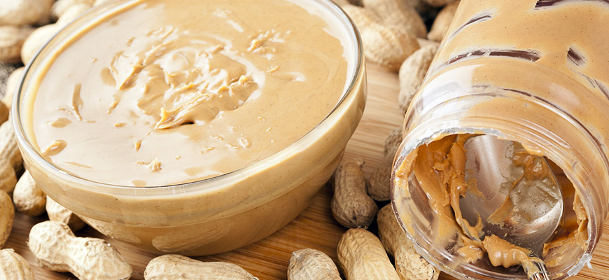 alimentos saudáveis manteiga de amendoim
